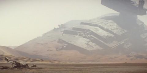 Star-Wars-7-Trailer-2-Imperial-Star-Destroyer-Crashed-1024x422