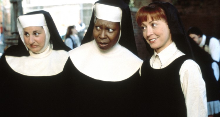 Sister Act II: Back In The Habit  starring Whoopi Goldberg & Maggie Smith  ©Touchstone Pictures